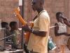 le bassiste (j'espère que j'me trompe pas !)